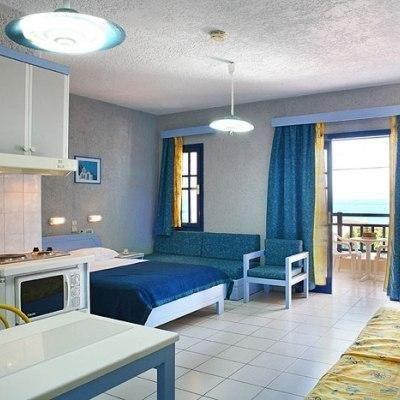 Latania Apartments - фото 2