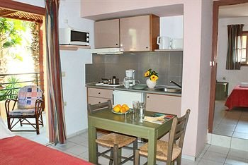 Latania Apartments - фото 7