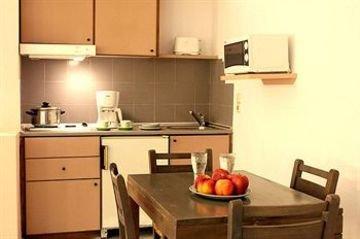 Latania Apartments - фото 8