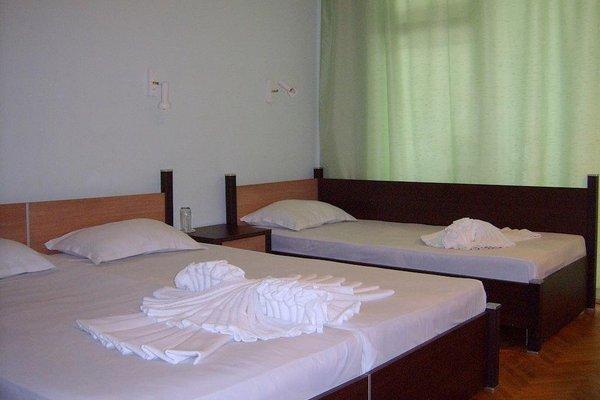 ADIS Holiday Inn Hotel - фото 2