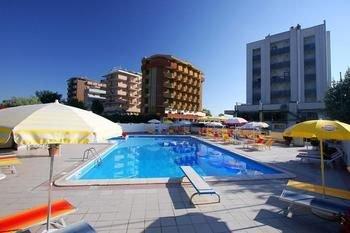 Hotel Avila In - фото 14