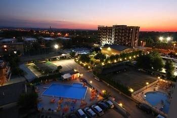 Hotel Avila In - фото 20