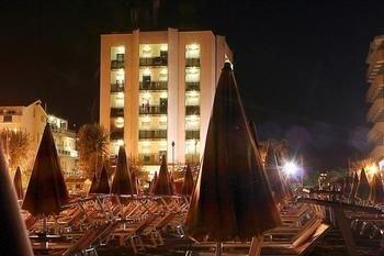 Hotel Avila In - фото 22