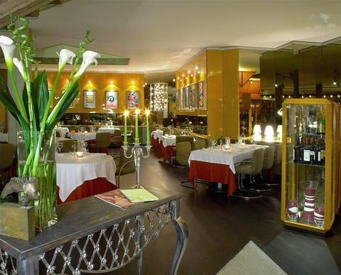 Four Points by Sheraton Catania Hotel - фото 9