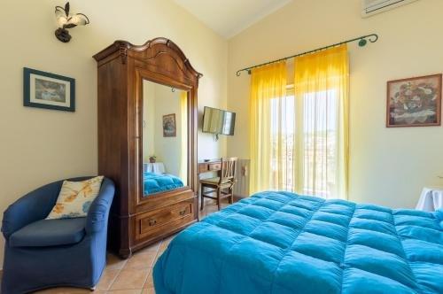Casa Fiorita Bed and Breakfast - фото 2
