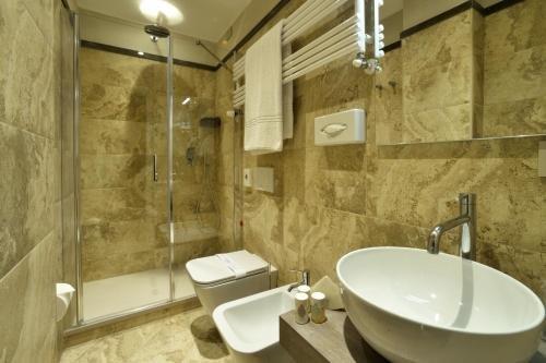 Отель Lamberti - фото 4