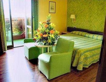 Hotel Atlantic - фото 1