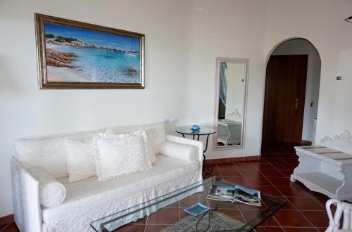 Hotel Monti Di Mola - фото 5