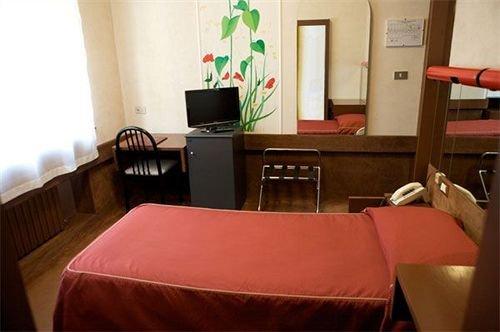 Гостиница «Gioli», Асколи-Пичено