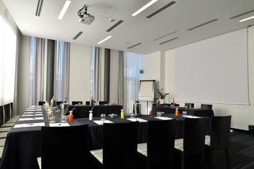 H2C Hotel Milanofiori - фото 17