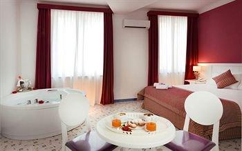 Hotel Cala Moresca - фото 2
