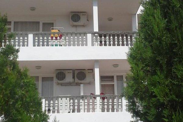 Guest House Natasha - фото 13