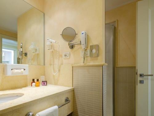 Parc Hotel Germano Suites - фото 8
