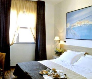 Hotel Majesty Bari - фото 1