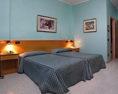 Itaca Hotel - фото 1