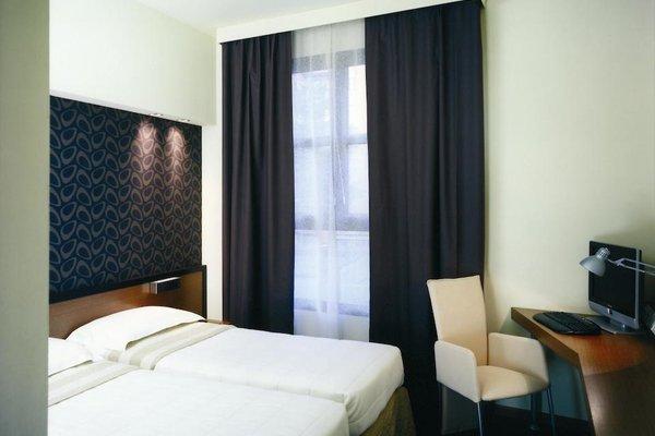 HC3 Hotel - фото 1