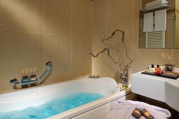 Aemilia Hotel Bologna - фото 9