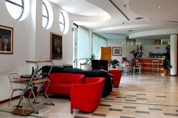 Alfredo Hotel And Restaurant - фото 4