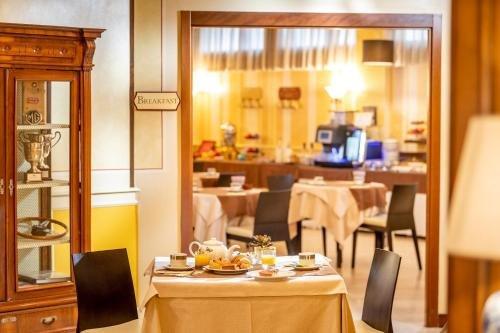 Hotel Ambasciatori - фото 11