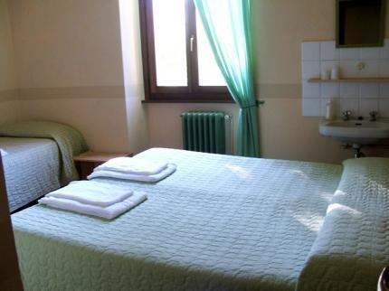Гостиница «Capanna CAO», Брунате