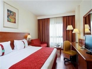 Holiday Inn Cagliari - фото 2