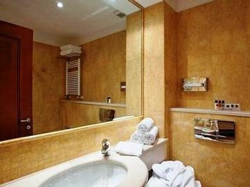 Holiday Inn Cagliari - фото 7