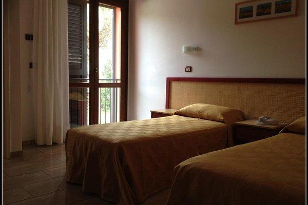 Mistral Hotel - фото 1