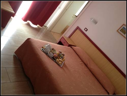Mistral Hotel - фото 10