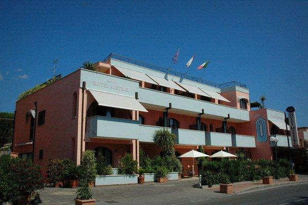 Mistral Hotel - фото 21