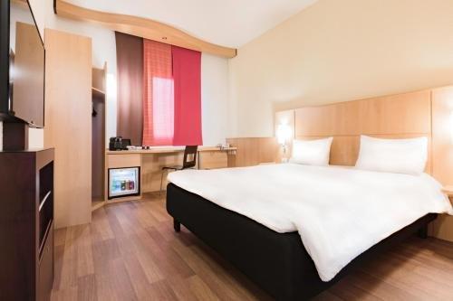 Hotel Ibis Milano Malpensa - фото 1