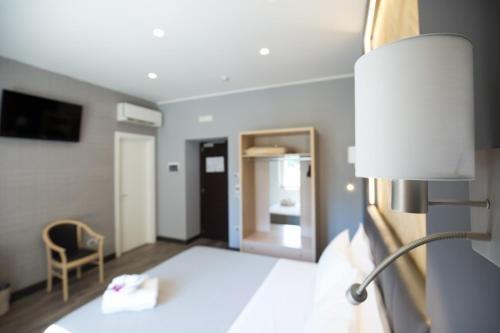 Plana Hotel - фото 13