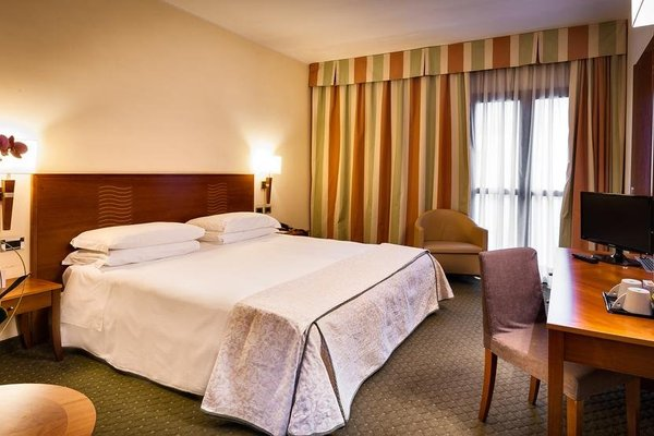 Hotel dei Cavalieri Caserta - фото 1