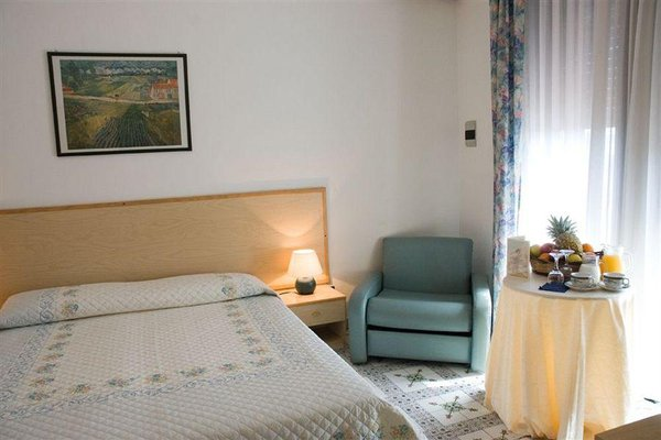 POGGIO DUCALE HOTEL - фото 1