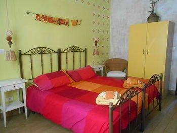 Catania City Center Apartments - фото 10