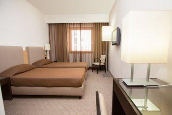 Link Hotel - фото 1