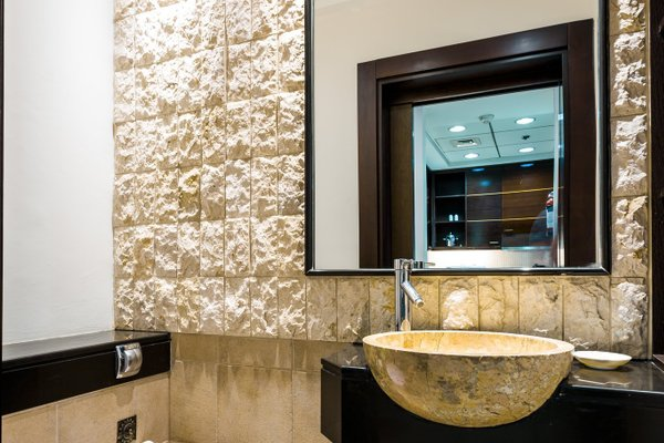 Park Hotel Apartments - фото 9