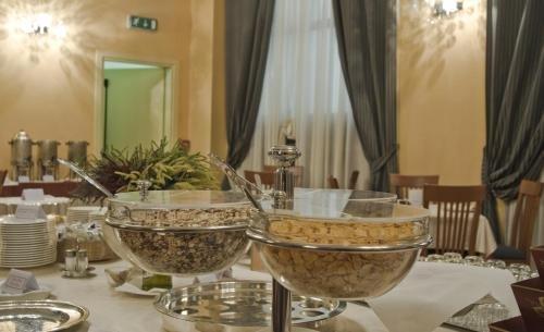 Cremona Hotels Impero - фото 11