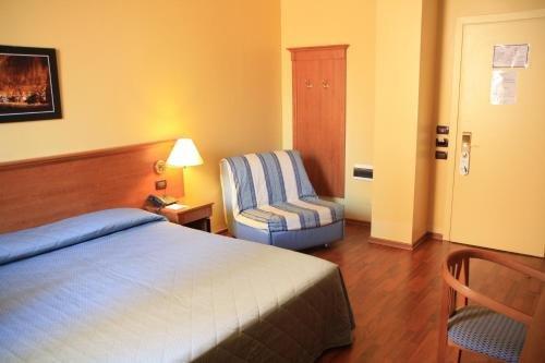 Cremona Hotels Impero - фото 4
