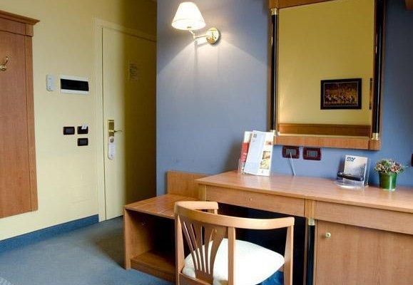 Cremona Hotels Impero - фото 5