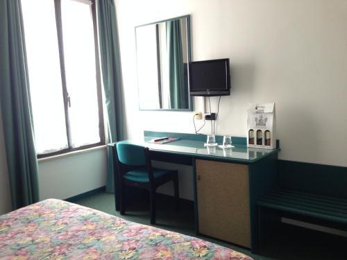 Hotel Plaza - фото 5