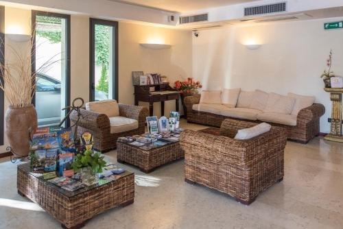 Admiral Hotel Villa Erme - фото 4