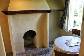 Castello Montegiove - фото 4