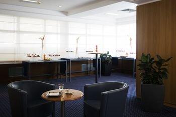 Hilton Rome Airport - фото 16
