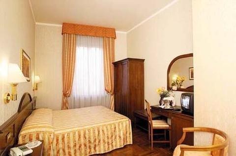 Hotel Boccaccio - фото 2