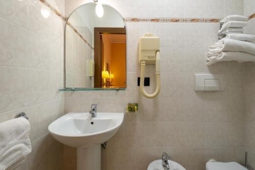 Hotel Boccaccio - фото 7