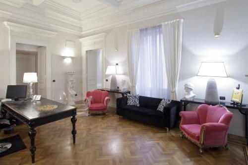 Palazzo Lombardo - фото 1