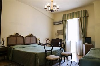 Hotel Villa Le Rondini - фото 1
