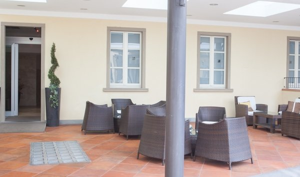 Hotel Embassy - фото 5
