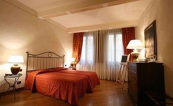 Residenza D'Epoca In Piazza della Signoria - фото 1