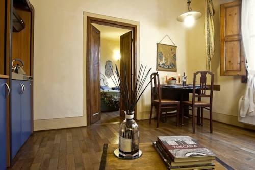 Palazzo Uguccioni Apartments - фото 14